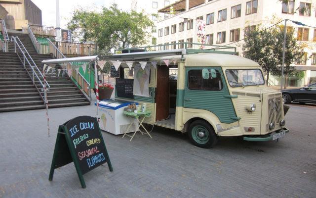 Food trucks and street food  The deVOL Journal  deVOL