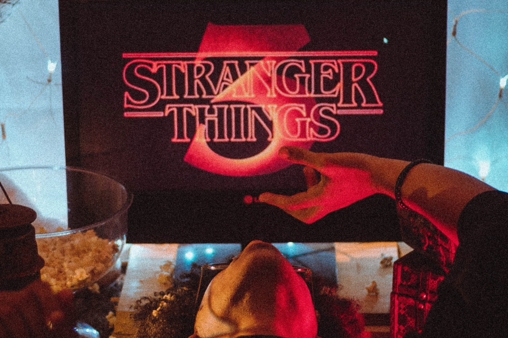 stranger things 3 wall paper
