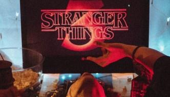 stranger things 3 wall paper