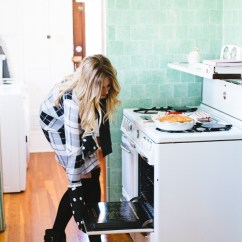 Kate Spade Kitchen Black Sink Peek Inside My Giveaway Devon Rachel Seriously Has You Covered This Year Want To Know The Best Part Today I M Giving A Chance Win Lovely Getgifted Selection For