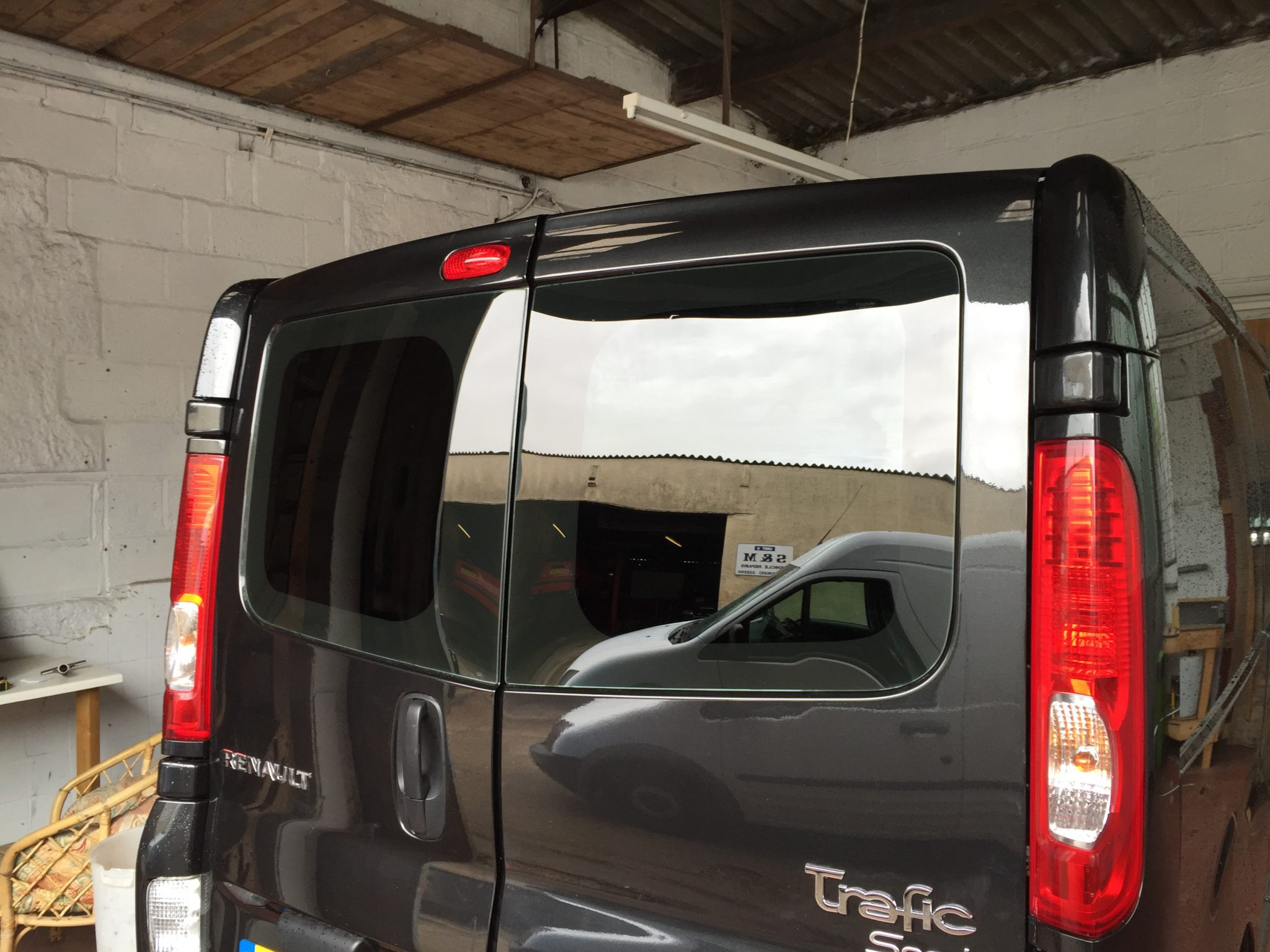 Renault Trafic Window Tinting