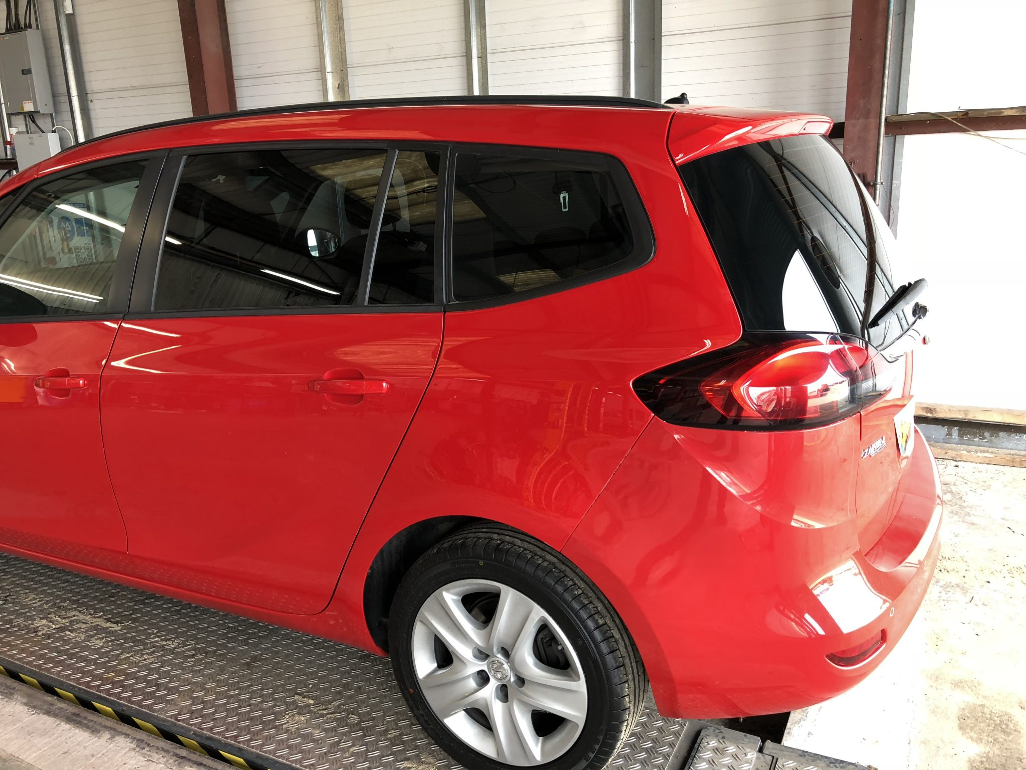 Vauxhall Zafira Tourer Window Tint
