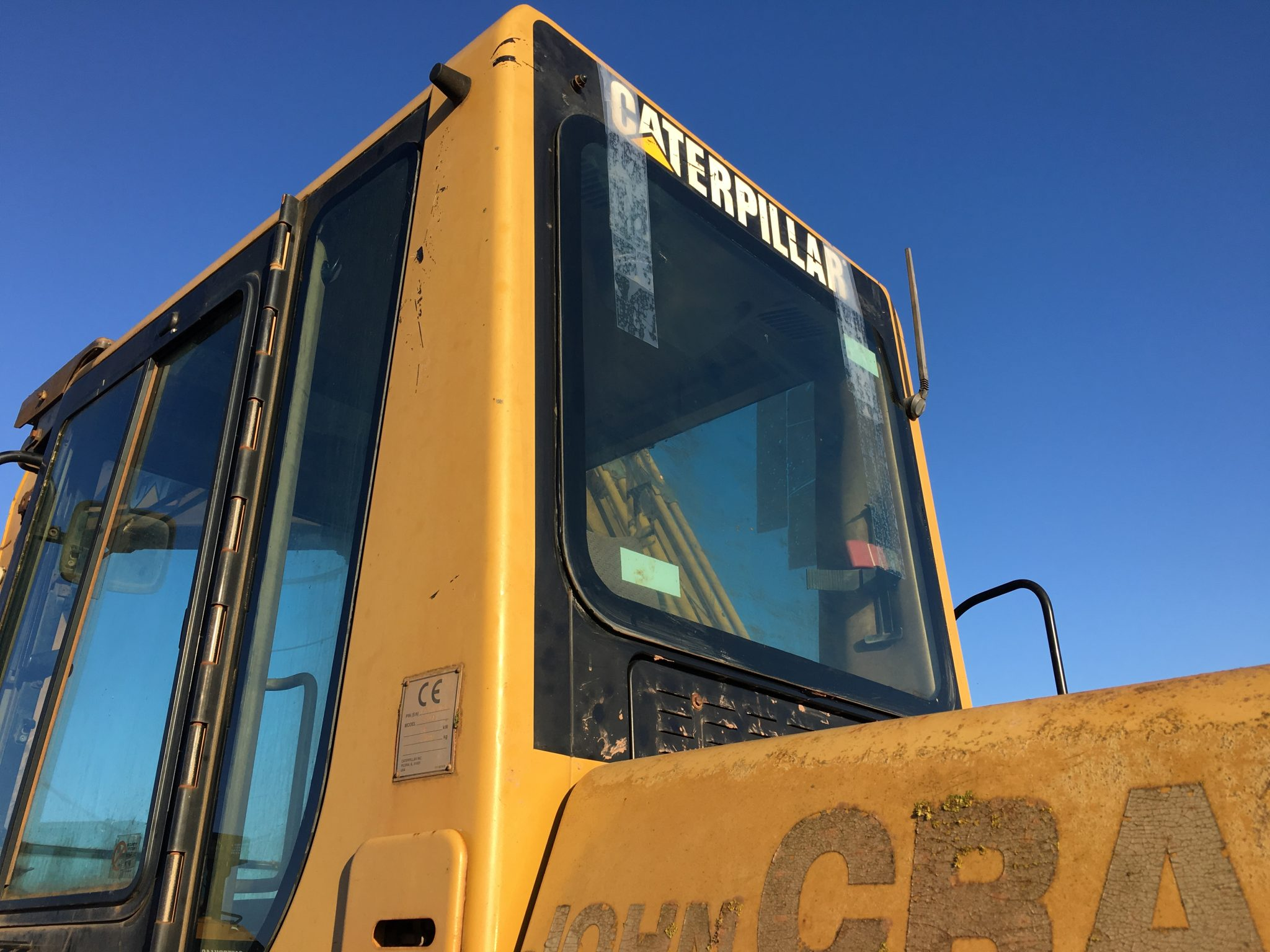 CAT 320B Rear Window