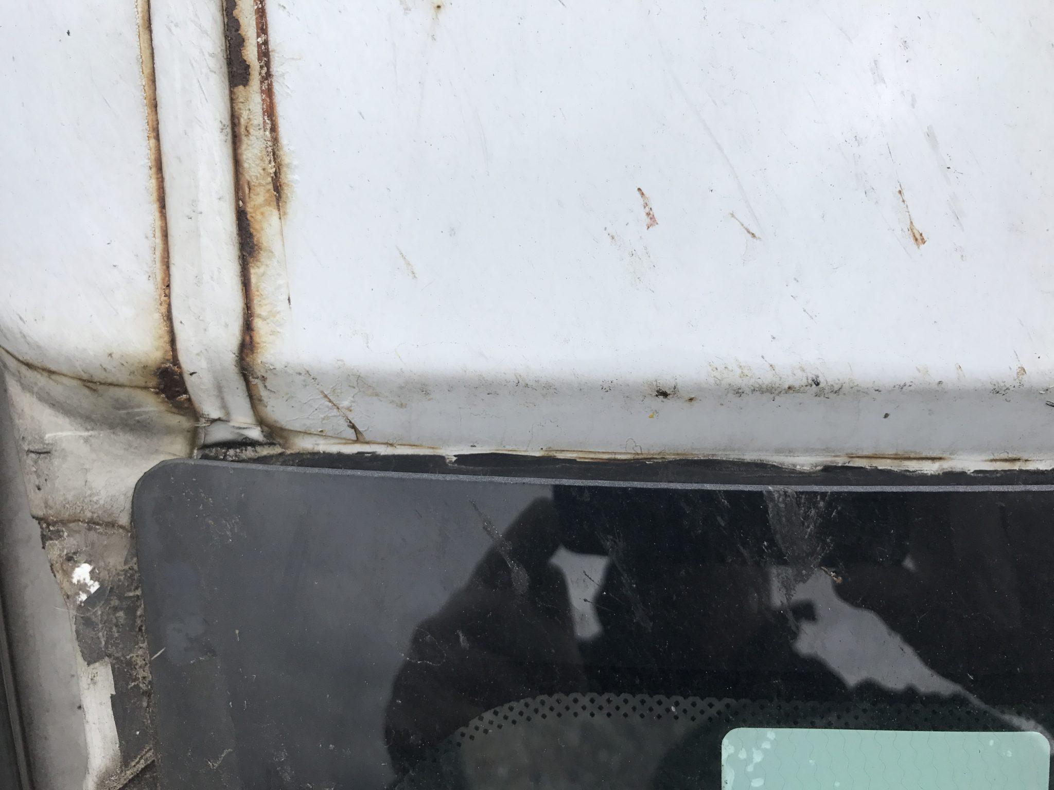 Windscreen Fitting Damage