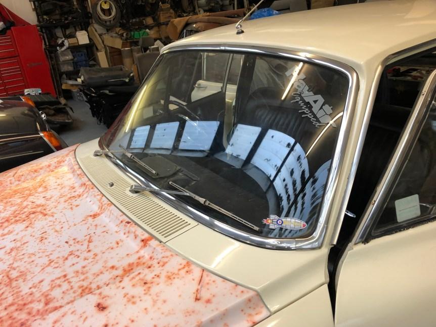 Ford Zodiac Front + Rear Windscreen