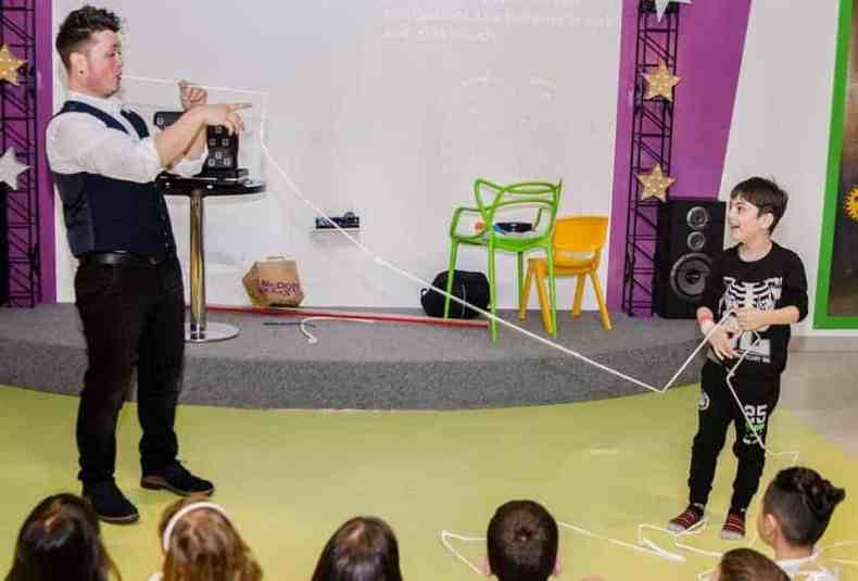 magician petrecer copii bucuresti