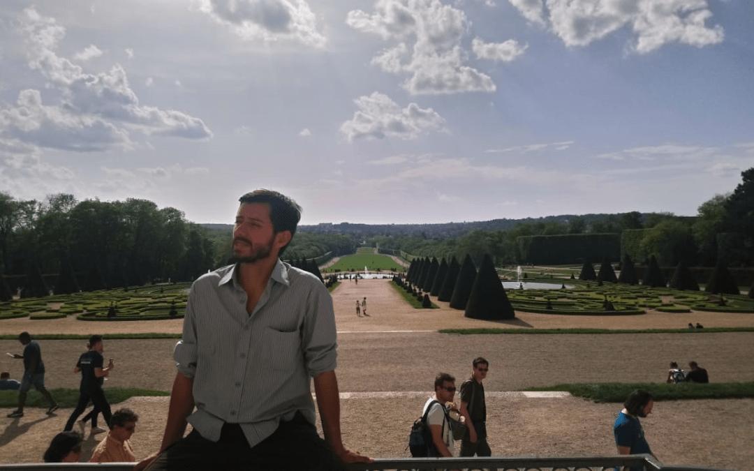 Alejandro Gómez- Breaking Barriers Through Language