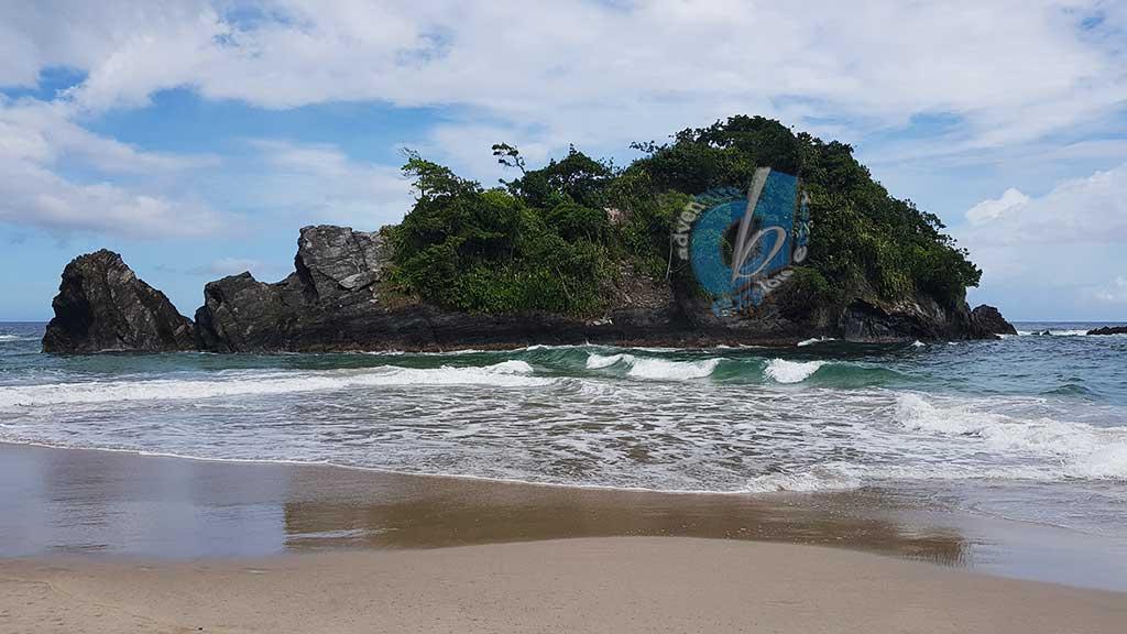 Senna Bay – Untouched Beauty
