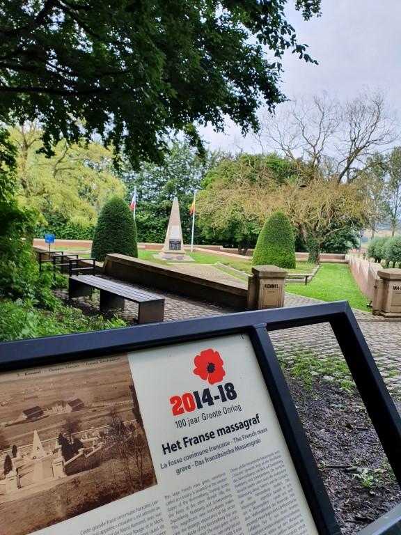 Kemmelberg: herinneringen aan de oorlog - massagraf