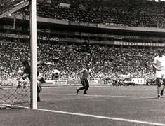 In Memoriam Gordon Banks (1937-2019), de denkende doelman en wereldbekerwinnaar met Engeland in 1966  – RW