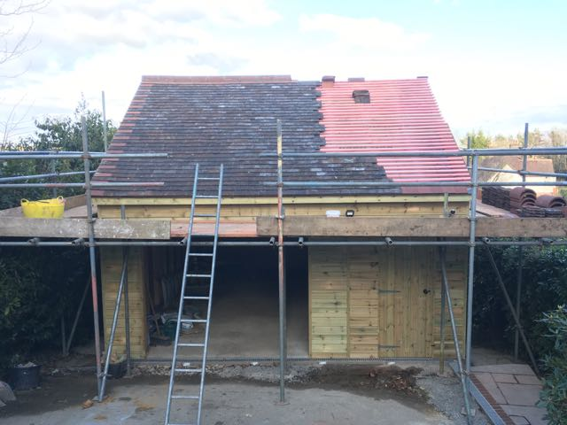 Garage build - Deneside, East Grinstead