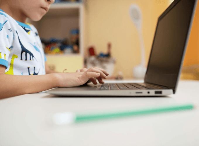 Best Educational Websites That Help Children Learn Smarter
