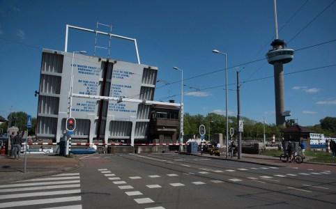 Parkhavenbrug bij Euromast