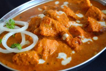 A Plate Of Butter Chicken = Free Kingfisher Ultra Pint At This South Delhi Restaurant!