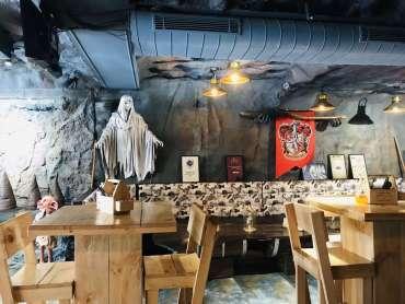 Hogwarts Kafe DforDelhi
