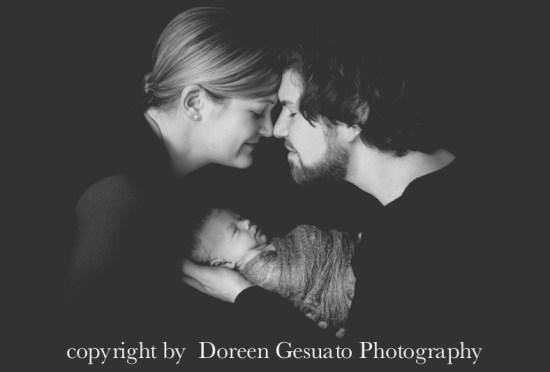 So entspannt – Doreen Gesuato – Fotografin für Neugeborenen rund um Wertheim