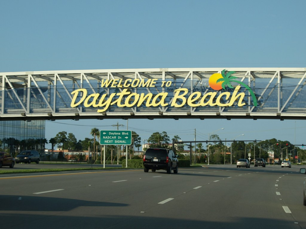 How do you know its spring in Daytona Beach...