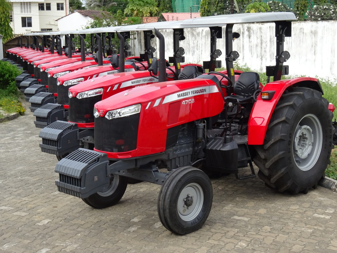 FMD East Africa, the Massey Ferguson distributor in Kenya has introduced  the MF 4700 Global Series tractor. Courtesy