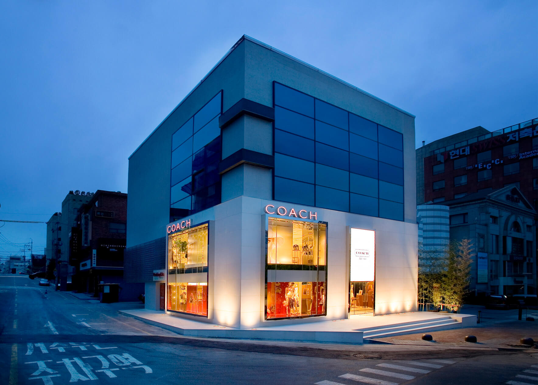 Coach Stores Dhd Architecture Amp Interior Design