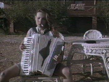 Lily Taylor en Arizona Dream