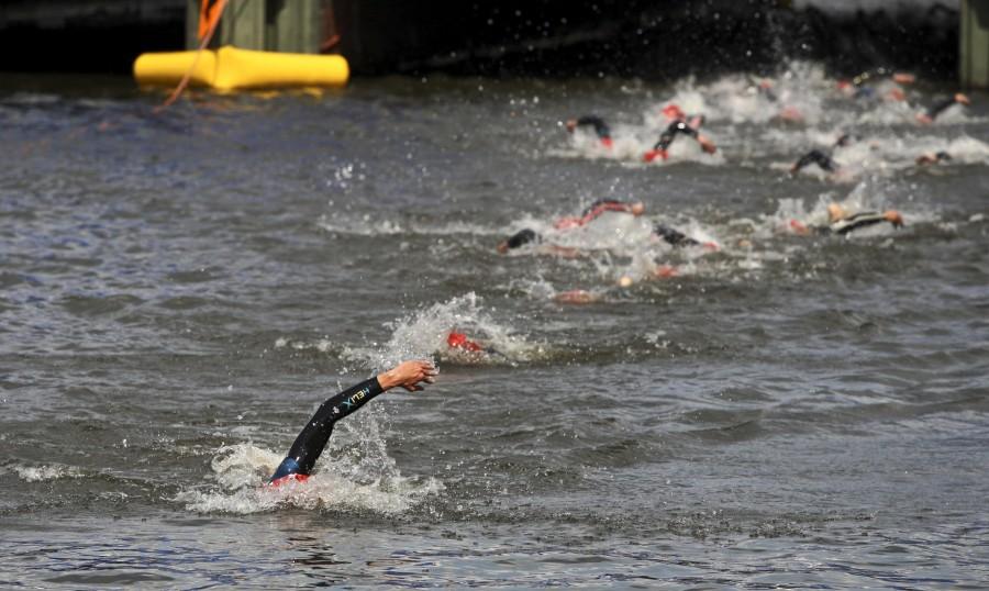 Triathlon WM 2009 in Hamburg in der Binnenalster