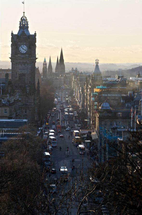 Edinburgh - Aussicht vom Calton Hill in die Princess Street