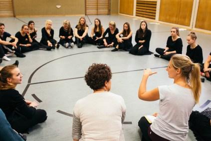 """Proben zu """"Tanz macht Schule"""" im Gymnasium am Wall Verden, Choreographin Alexendra Benthin"""
