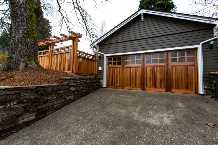 DH Land Pros Seattle Contracting