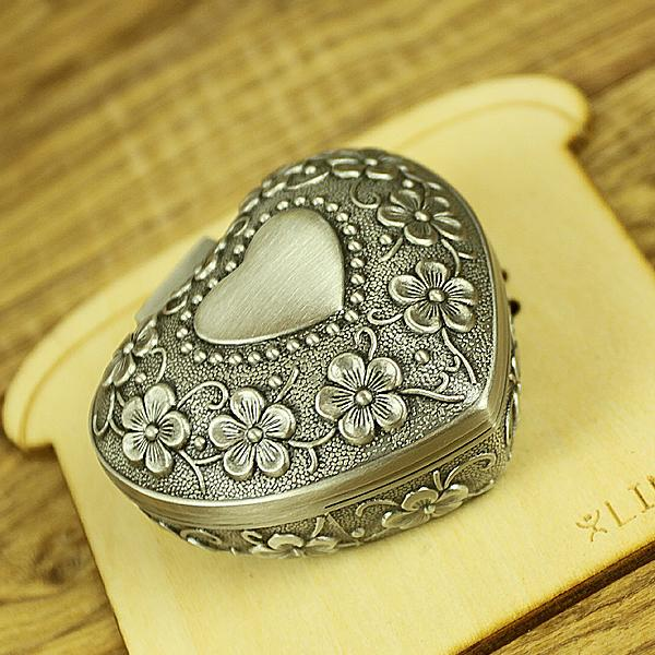 2018 Heart Shape Ring Jewelry Boxes Vintage Alloy Wedding