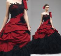 2015 Red And Black Wedding Gowns Lace Appliques Gothic ...