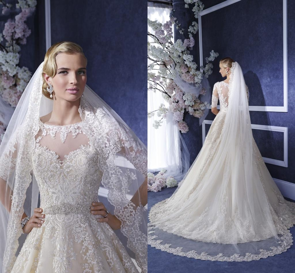 2016 New Arrival Cheap Wedding Veils Lace Appliques Beaded Crystals White Tulle Cathedral Length