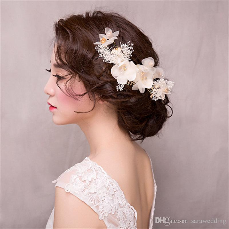 new fashion high quality wedding bridal flowers headwear hay white hair combs hair accessories suit wreath headdress hair jewelry 2017 bridal flower hair