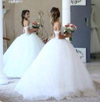 2017 Lace Ball Gown Wedding Dresses Big Puffy Pearls