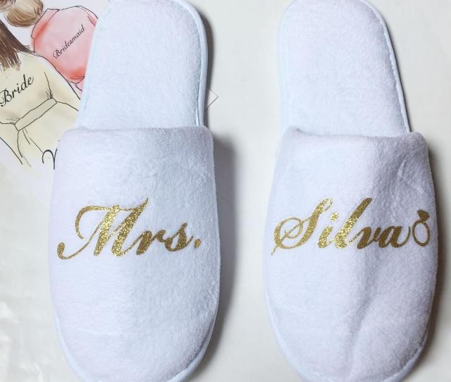 Inexpensive Bridesmaid Gifts Ideas Wedding Bride Matron Of Honor Presents Custom Slippers Gift Free Shippi Inexpensive Bridesmaid Gifts Bridesmaid Gifts
