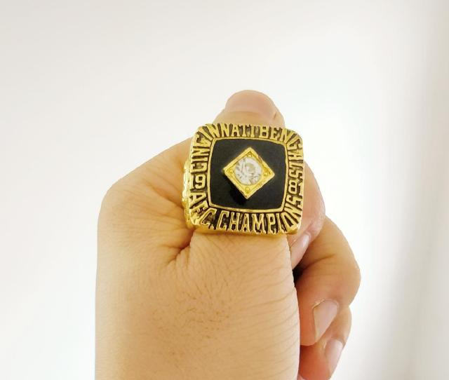 New Arrival Champions Ring  Cincinnati Bengals Football Championship Ring Fan Gift High Quality Wholesale Drop Shipping Diamond Rings Vintage Engagement