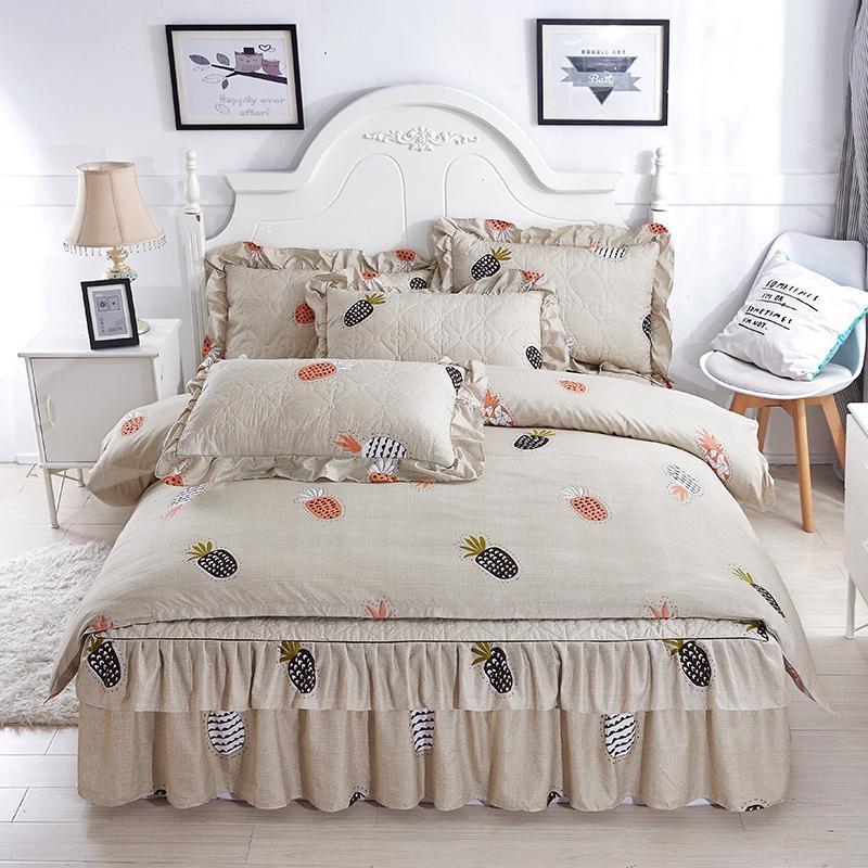 acheter 2018 literie a bas prix definit ananas couverture de lit ensemble jupe de lit en coton epais taie d oreiller reine literie taille king set de