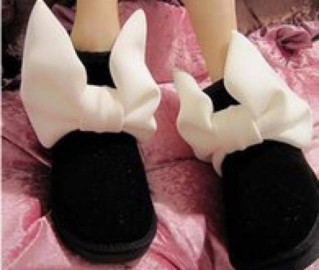 18 New Japanese With The Same Paragraph Large Rabbit Ears Bow Low Tube Real Leather Shoes Cotton Shoes Snow Boots Boots