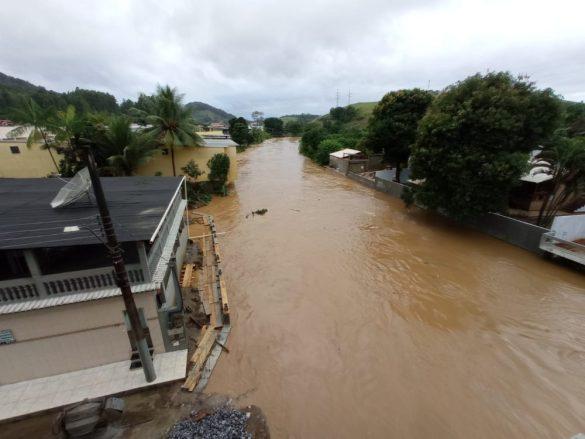 Área inundada em Iconha. Foto: PMI