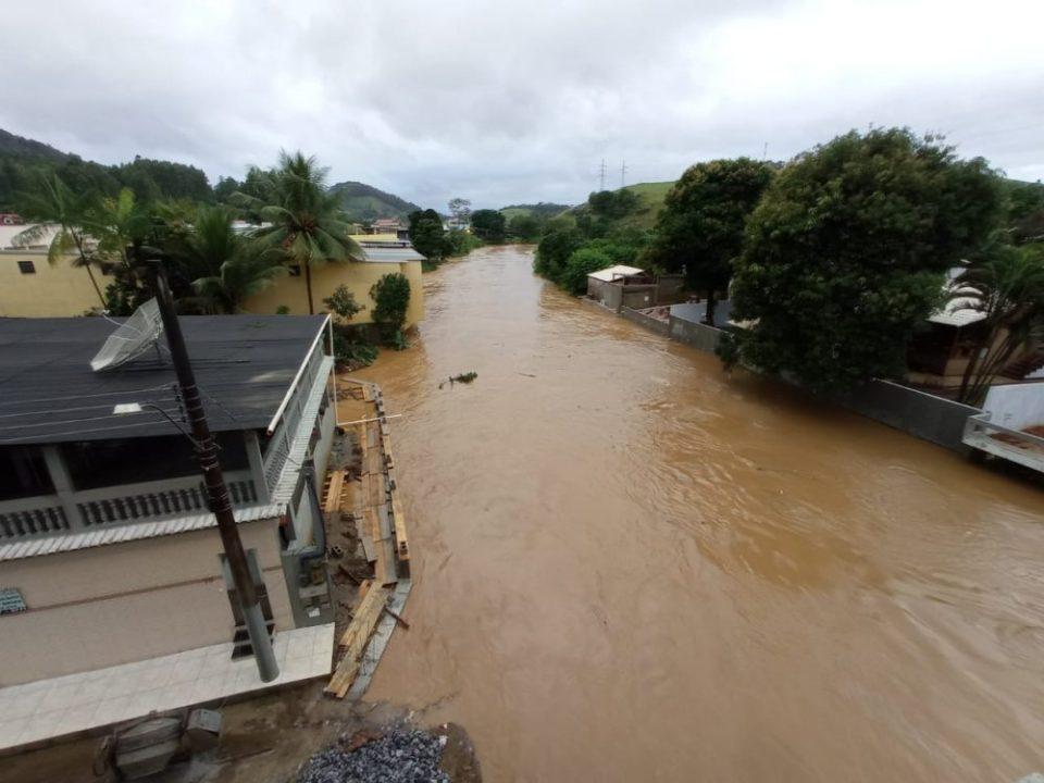 Confira fotos de áreas alagadas em Iconha após chuva » DiaaDiaES ...