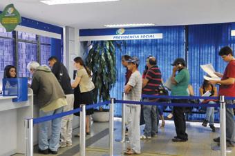 Cidadão não vai precisar comparecer à agência para pedir a aposentadoria. Foto: Antonio Cruz/ABr