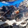 Escombros de 8 a 10 andares de edifício que desabou em São Paulo estão prensados onde ficava o subsolo