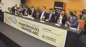 Linha 18 norteará primeiras ações da Frente Parlamentar do ABC, lançada no Consórcio