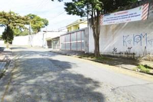 Semasa expande obras de drenagem na Vila Homero Thon