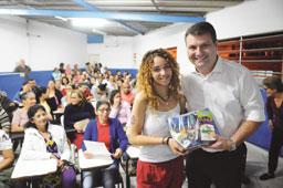Em Diadema, Vila Nova Conquista recebe sala da Educação de Jovens e Adultos