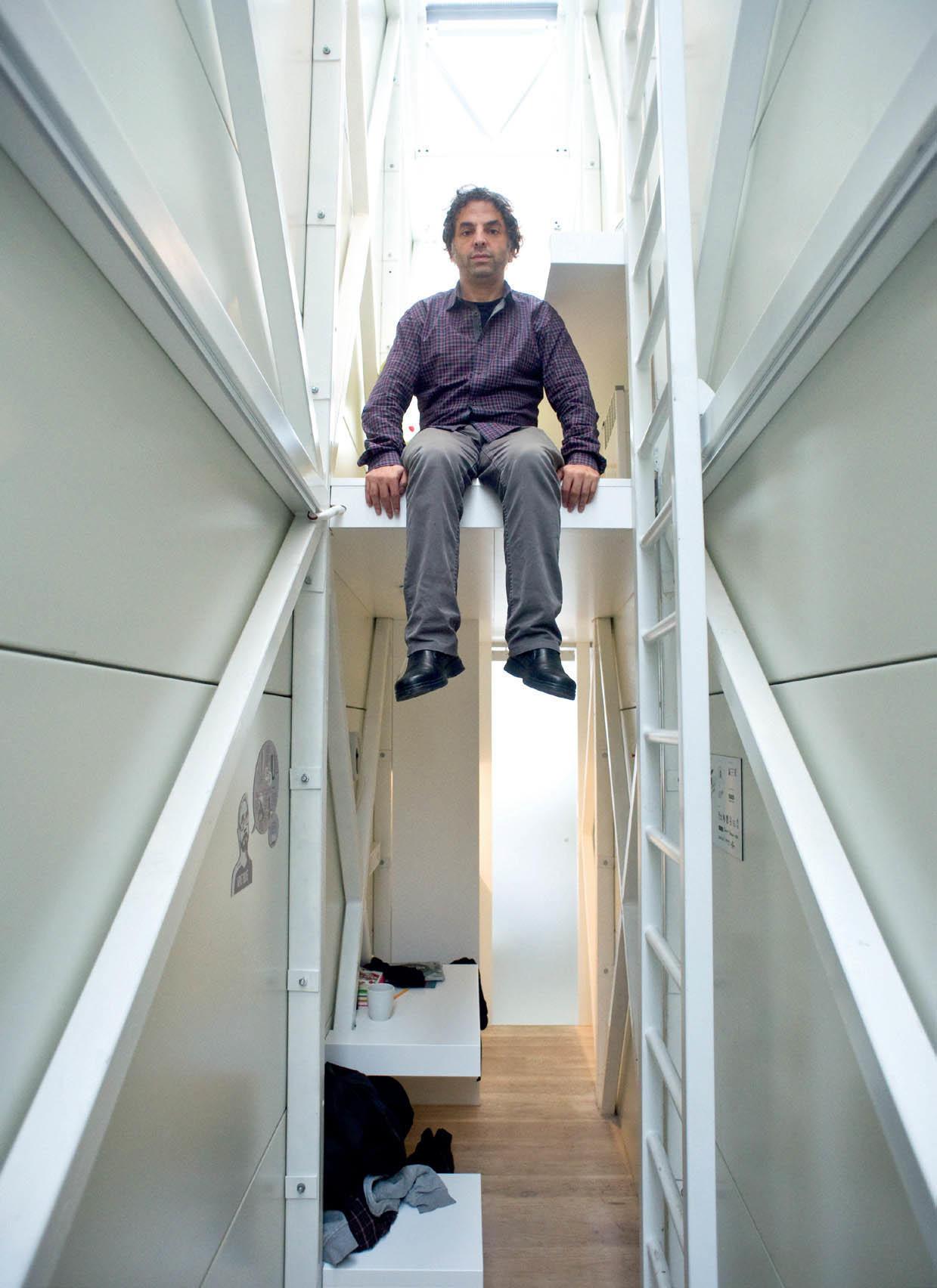 diaforetiko.gr : keret2 Το στενότερο σπίτι στον κόσμο έχει πλάτος περίπου ένα μέτρο αλλά χωρά τα πάντα!