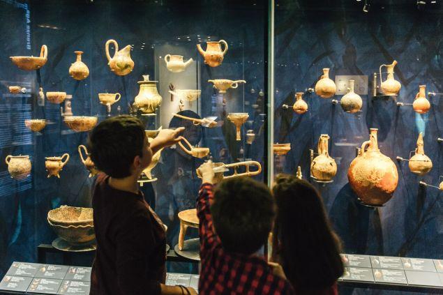 Γνωριμία με τα εκθέματα του Μουσείου