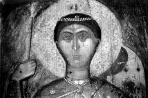Το πρόσωπο της γλυπτής εικόνας του Αγίου Δημητρίου, κάποτε στον βυζαντινό ναό του Αγίου Γεωργίου στην Ομορφοκκλησιά Καστοριάς.