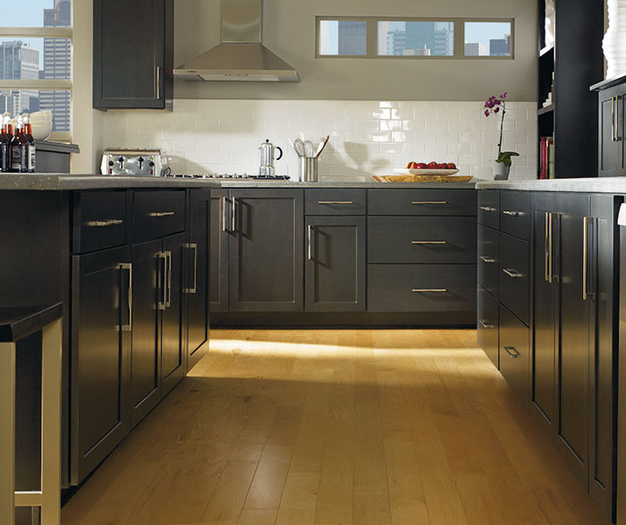 kitchen cabinet estimator aid accessories diamond at lowes - find your style louden cherry black ...