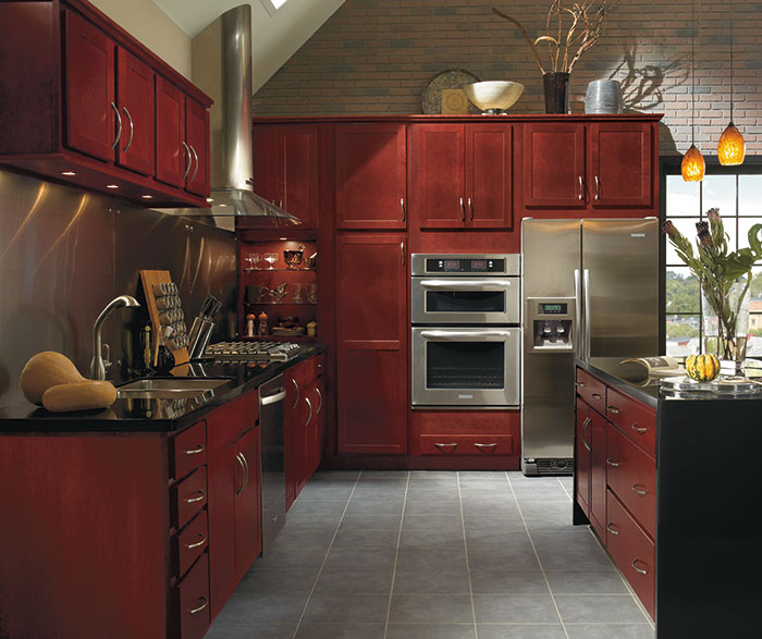 kitchen cabinets lowes products diamond at - find your style woodhall cherry henna