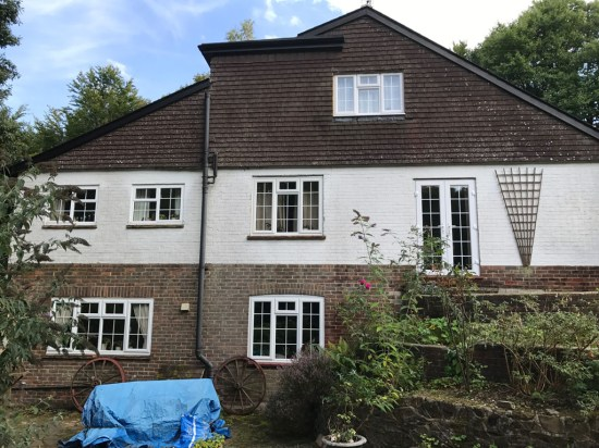 House Window Clean in Grayshott